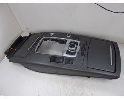 KONZOLA Audi A6, S6 2007 2.0 TDI