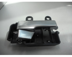 KLJUKA NOTRANJA  SPREDAJ DESNA Ford C-Max 2009 1.8 tdci