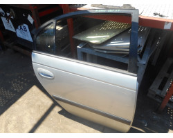 DOOR COMPLETE REAR RIGHT Toyota Avensis 2002 1.8