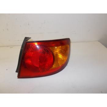 TAIL LIGHT RIGHT Hyundai Elantra 2002 1.6