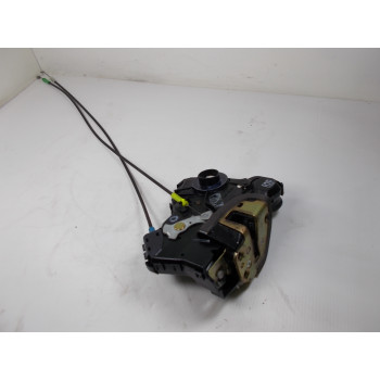 DOOR LOCK FRONT RIGHT Toyota Avensis 2006 2.2 D4D 6903002162