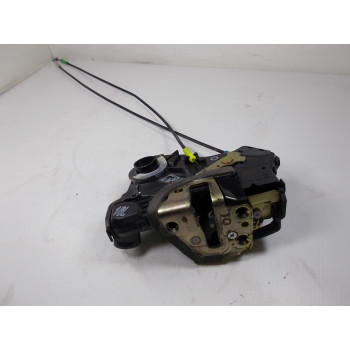 DOOR LOCK FRONT LEFT Toyota Avensis 2006 2.2 D4D 6904002152