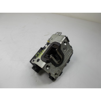 DOOR LOCK FRONT RIGHT Dacia Sandero 2012 1.2 16V