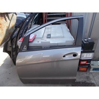 DOOR FRONT LEFT Mercedes-Benz A-Klasse 2005 150 A1697202105