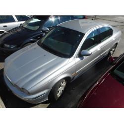 AUTO ZA DIJELOVE Jaguar X-Type 2003 2.0