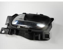 KLJUKA NOTRANJA SPREDAJ LEVA Peugeot 308 2012 2.0 HDI