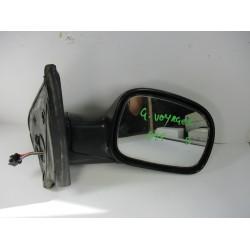 OGLEDALO DESNO Chrysler Grand Voyager 2002 2.5 CRD