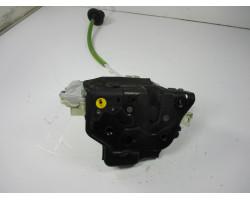 ZAKLEP  ZADAJ LEVA Audi A3, S3 2012 1.6TDI SPORTBACK 4F0839015