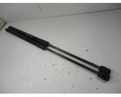 BOOT STRUT Audi A3, S3 2012 1.6TDI 8P4827552B