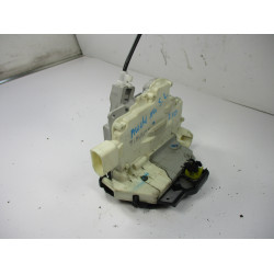ZAKLEP SP LEVA Audi A4, S4 2005 1.9 TDI 8E1837015AA