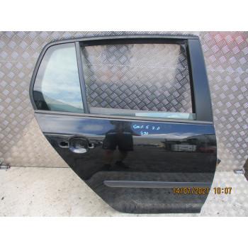 GOLA VRATA ZADAJ DESNA Volkswagen Golf 2004 V. 1.4